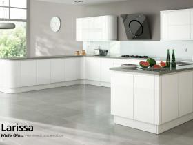 Larissa - White Gloss - Handleless Lacquered Door